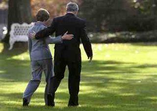 President_bush_leaving