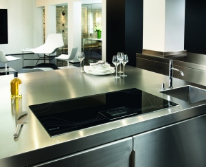 De-dietrich-dtim1000x-piano-induction-hob-lifestyle-image