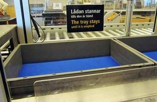 Airport-security-conveyor-350x228
